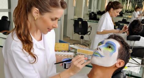 Curso Maquiagem para Carnaval do Senac MS