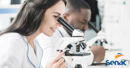 O que um técnico em análises clínicas faz?
